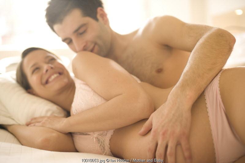 Секс на ранних сроках беременности: да или нет. Видео ХХХ Онлайн. Смотрет