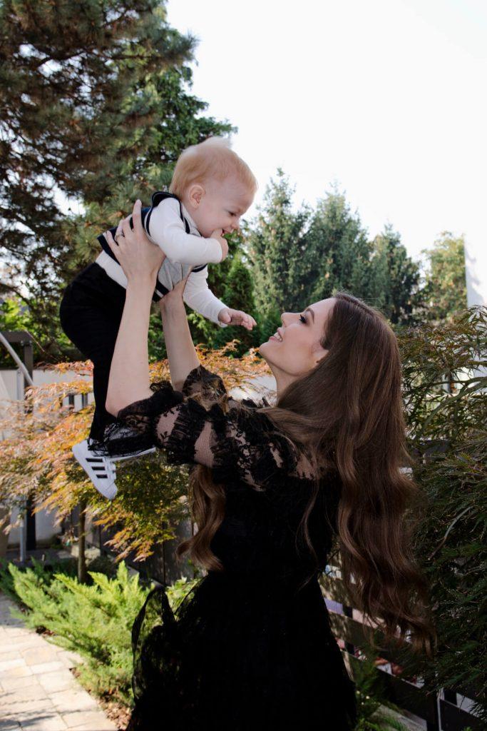 nikolina minovska, mama i beba