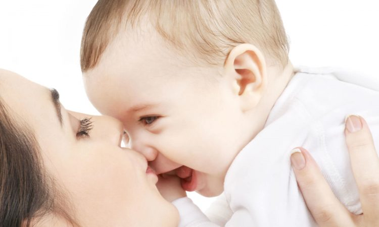 beba, tri mjeseca, razvoj bebe