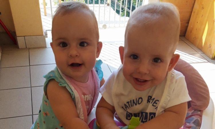 priča s poroda, blizanci